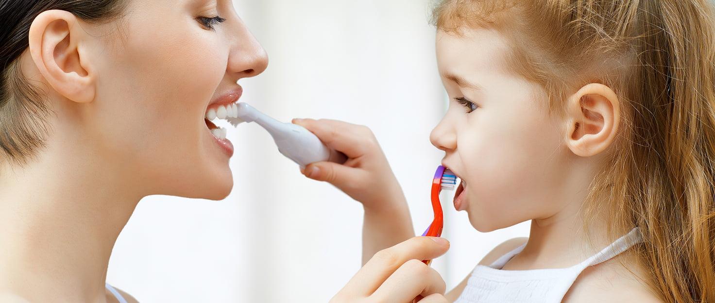 кровоточивость десен запах изо рта лечение